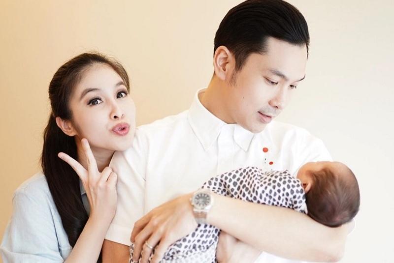 https: img-o.okeinfo.net content 2019 09 10 33 2102945 usai-melahirkan-anak-ke-2-sandra-dewi-bagikan-tips-perlancar-asi-WkBHcCbliy.jpg