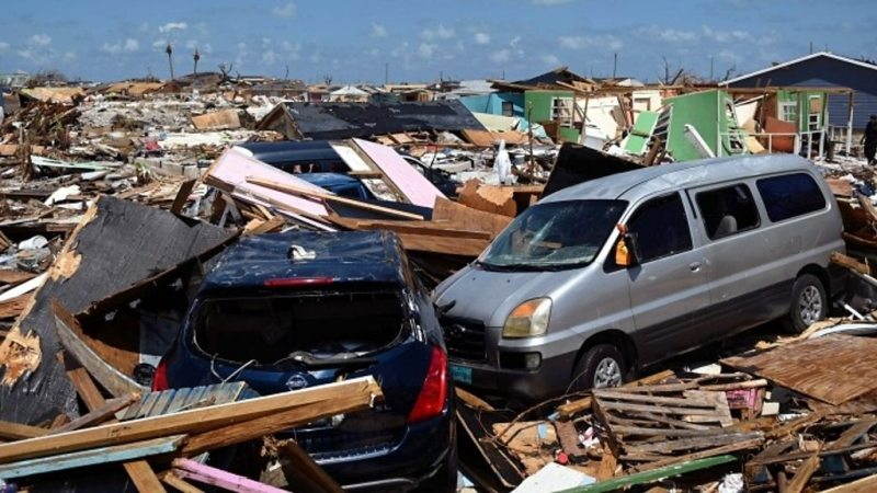 https: img-o.okeinfo.net content 2019 09 12 18 2103922 2-500-orang-dilaporkan-hilang-akibat-terjangan-badai-dorian-di-bahama-Wg3VHKzaOD.jpg