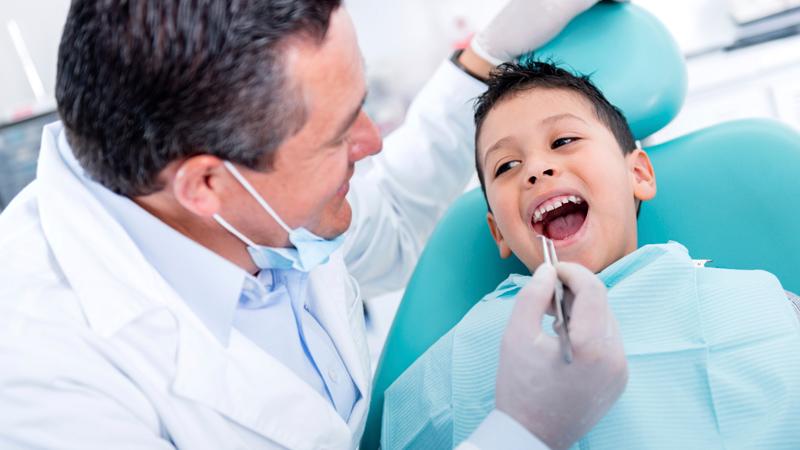 https: img-o.okeinfo.net content 2019 09 14 481 2104761 bahan-baku-yang-paling-dibutuhkan-di-kedokteran-gigi-namun-masih-impor-zl83xfuPCv.jpg