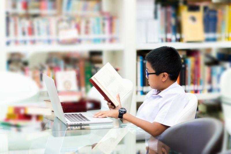 https: img-o.okeinfo.net content 2019 09 15 338 2104972 hari-kunjung-perpustakaan-momentum-tingkatkan-minat-baca-anak-usia-dini-7WeYy3x5zZ.jpg