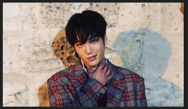 https: img-o.okeinfo.net content 2019 09 16 194 2105415 stylish-dan-tampan-kai-exo-resmi-jadi-model-gucci-pertama-dari-korea-AYlbaAwx6d.jpg