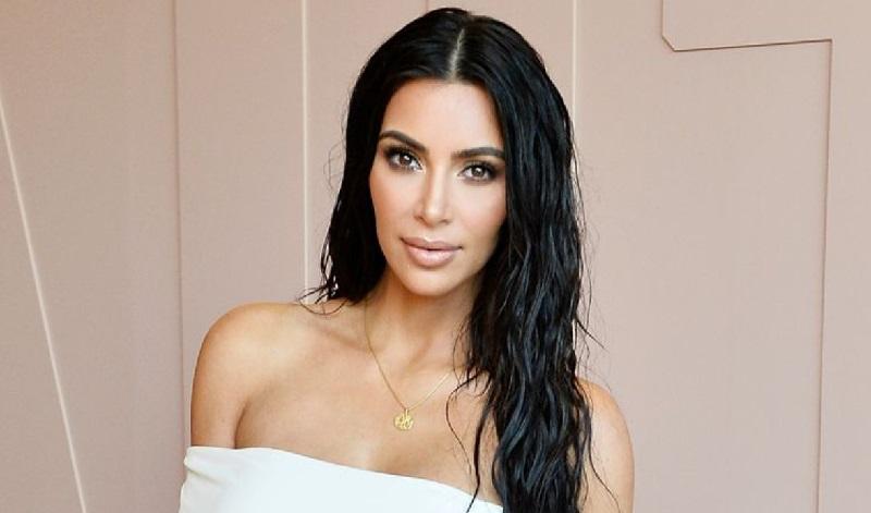 https: img-o.okeinfo.net content 2019 09 16 196 2105454 urus-empat-anak-kim-kardashian-ngaku-kewalahan-goo6Y065wt.jpg