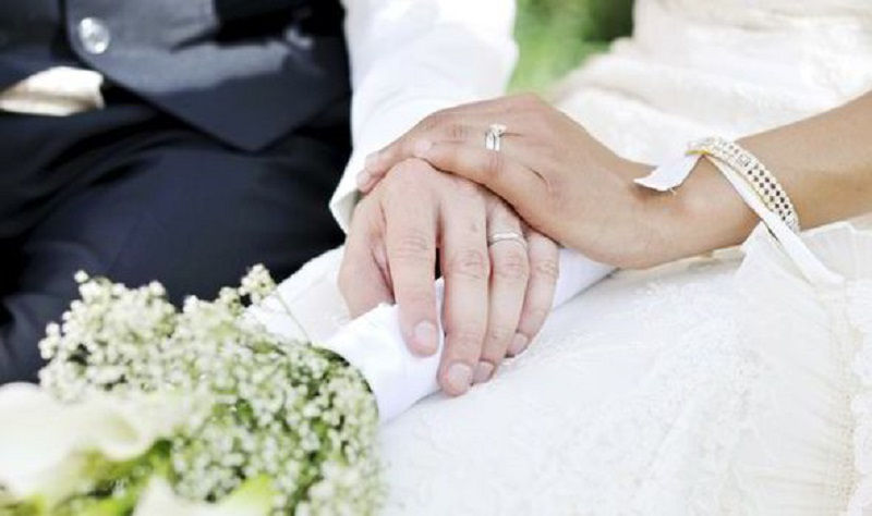 https: img-o.okeinfo.net content 2019 09 16 337 2105622 dpr-sahkan-uu-perkawinan-batas-usia-kini-jadi-19-tahun-WkYyr18cNG.jpg