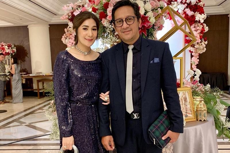 https: img-o.okeinfo.net content 2019 09 17 33 2105984 diterpa-isu-cerai-andre-taulany-dapat-kejutan-dari-istri-saat-ulang-tahun-M9L9ZVixES.jpg