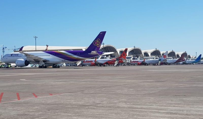 https: img-o.okeinfo.net content 2019 09 18 609 2106367 penumpang-sakit-jantung-pesawat-thailand-mendarat-di-makassar-aQvDuWk1Eb.jpg