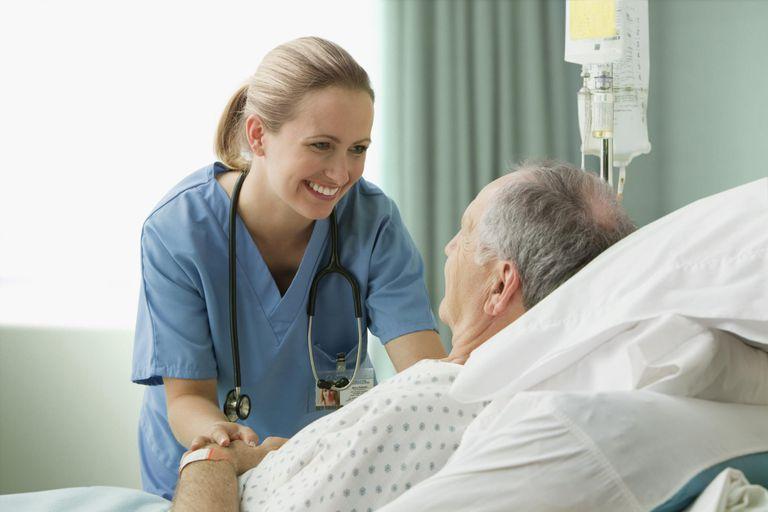 https: img-o.okeinfo.net content 2019 09 18 612 2106387 viral-suster-ajak-pasien-joget-bareng-netizen-obat-segala-penyakit-itu-bahagia-JViuZMxZAB.jpg