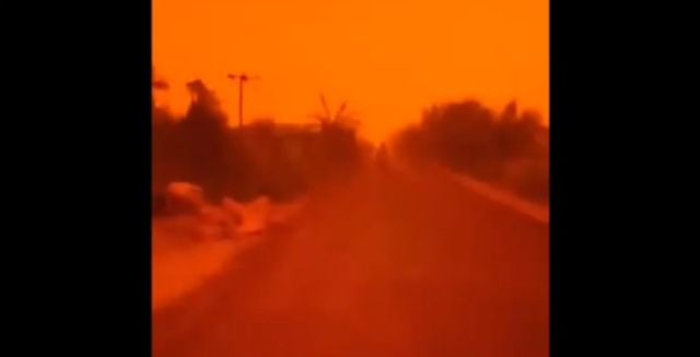 https: img-o.okeinfo.net content 2019 09 21 337 2107725 langit-di-muarojambi-merah-gelap-akibat-tertutup-asap-karhutla-Kp1pt1ez7p.jpg