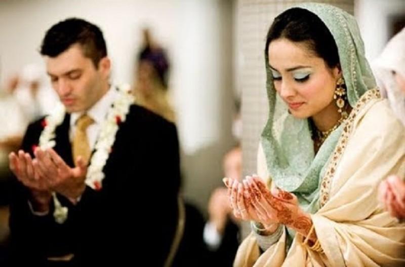https: img-o.okeinfo.net content 2019 09 22 614 2107851 nikah-muda-demi-hindari-zina-apa-hukumnya-dalam-islam-m3D7RHcAOT.jpg