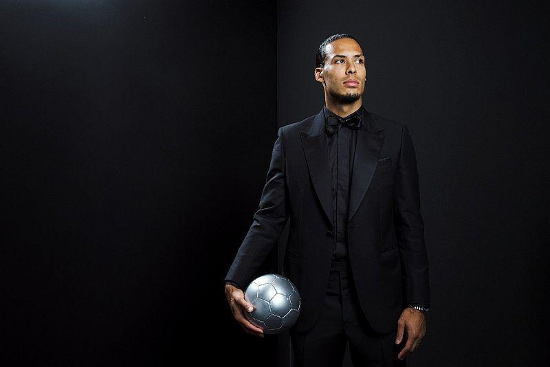 https: img-o.okeinfo.net content 2019 09 25 51 2109076 van-dijk-tak-terpilih-jadi-pemain-terbaik-fifa-karena-berposisi-bek-ZBRLBrG42G.jpg