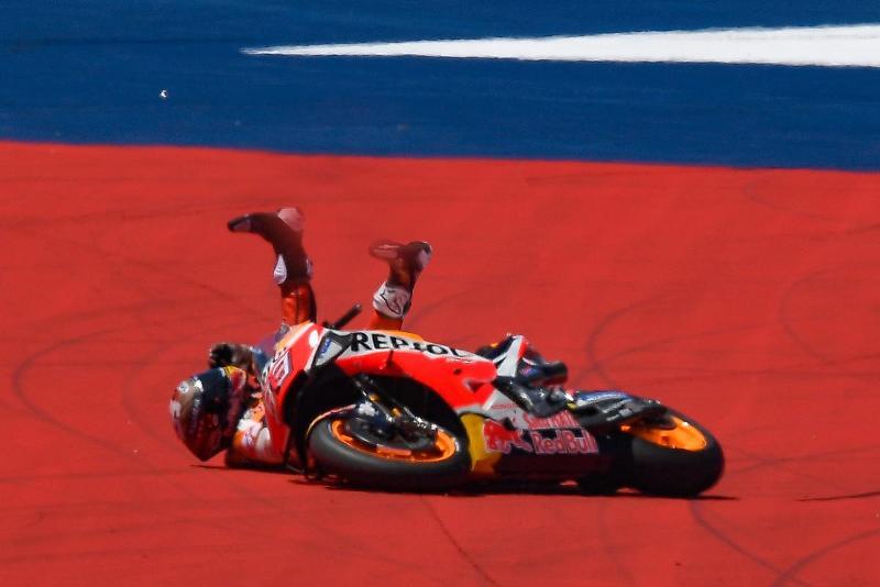Noble QQ - Di Ambang Juara Dunia, Marquez Diingatkan untuk