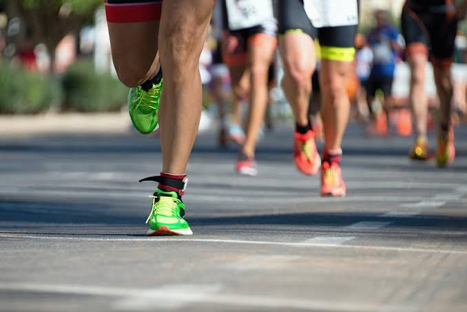 https: img-o.okeinfo.net content 2019 10 01 481 2111412 lari-marathon-sambil-berdonasi-untuk-akses-air-bersih-kZoBX5yByw.jpg