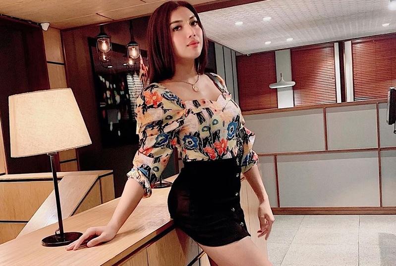 https: img-o.okeinfo.net content 2019 10 02 33 2112009 millendaru-tampil-ala-gadis-thailand-netizen-wajah-ashanty-tangan-anang-QpjLzSHcKX.jpg