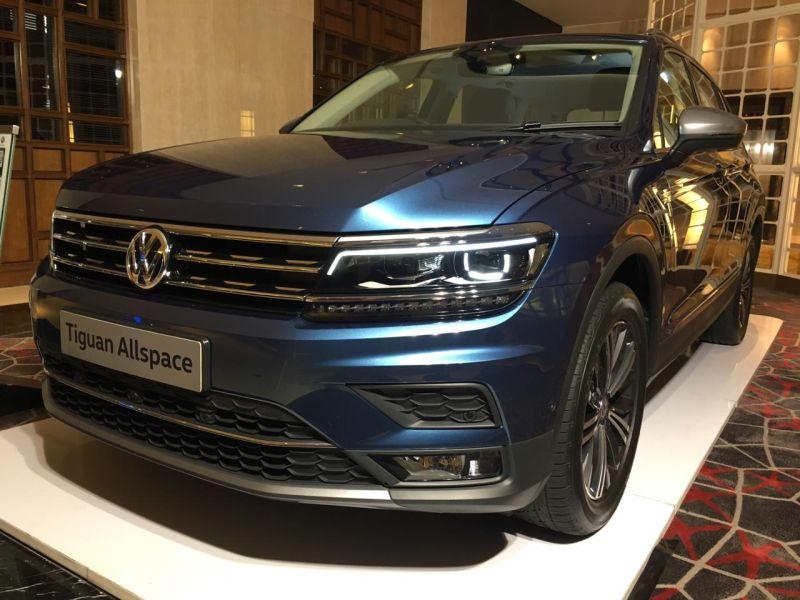 https: img-o.okeinfo.net content 2019 10 02 52 2112155 volkswagen-targetkan-pengiriman-300-unit-tiguan-untuk-konsumen-indonesia-tahun-ini-F0Ng9IXBJ9.jpg
