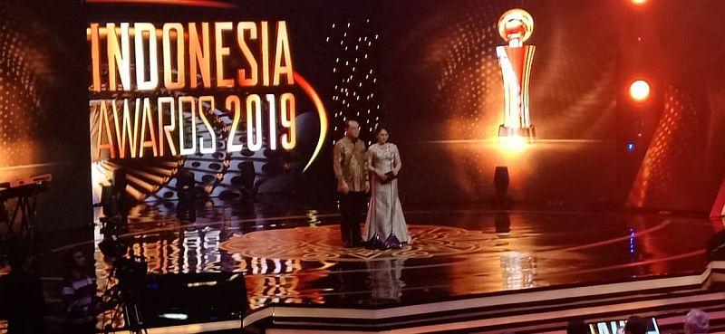 https: img-o.okeinfo.net content 2019 10 03 337 2112628 2-kali-jadi-juri-indonesia-awards-menpan-rb-enggak-ada-dukanya-1drIughHPW.jpg