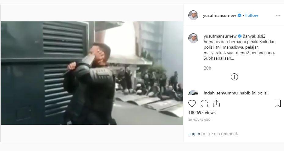 https: img-o.okeinfo.net content 2019 10 03 614 2112237 viral-polisi-adzan-ketika-unjuk-rasa-berlangsung-netizen-masyaallah-merdunya-k2Nk5VcSiG.JPG