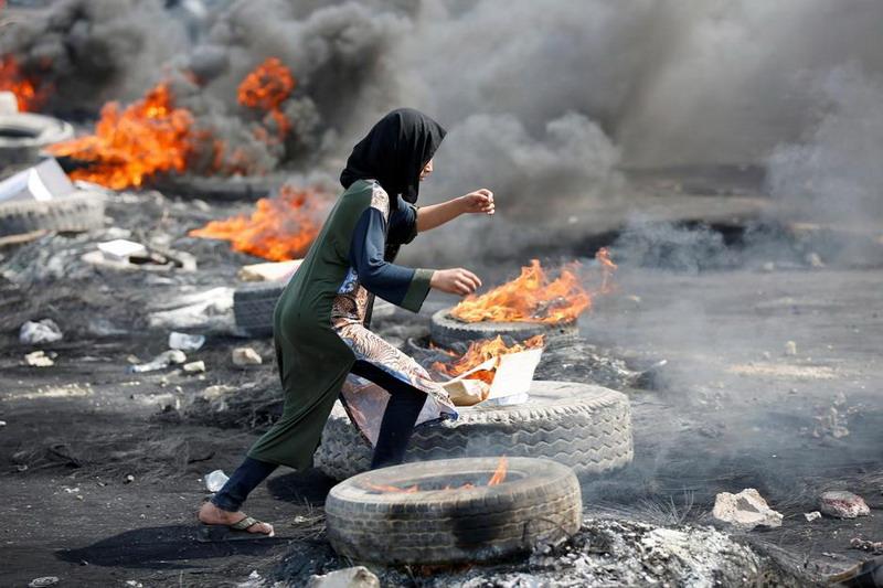 https: img-o.okeinfo.net content 2019 10 04 18 2112748 demonstrasi-berdarah-irak-masuki-hari-ketiga-27-orang-dilaporkan-tewas-ADONqdTIkE.jpg