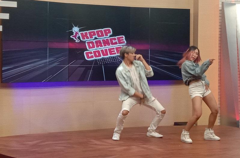 https: img-o.okeinfo.net content 2019 10 05 205 2113348 kriteria-pemenang-dari-juri-metube-k-pop-dance-cover-competition-QtfUZN8YHD.jpg