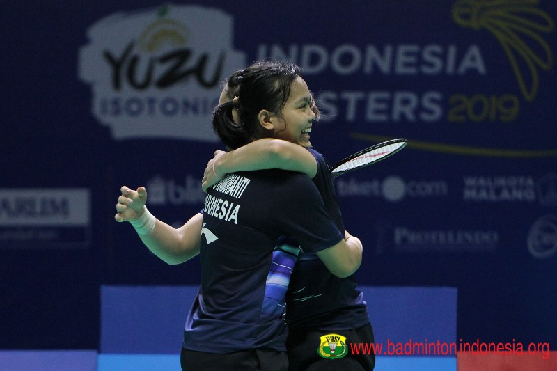 https: img-o.okeinfo.net content 2019 10 06 40 2113542 siti-ribka-keluar-sebagai-juara-indonesia-masters-2019-usai-kalahkan-della-rizki-RDk7NOKXlh.jpg