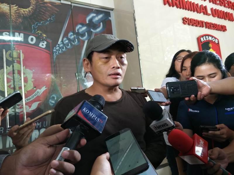 https: img-o.okeinfo.net content 2019 10 07 337 2113984 ninoy-karundeng-ngaku-ada-habib-ingin-membunuhnya-lalu-buang-mayat-ke-area-kerusuhan-zTyMIZtzb4.jpg