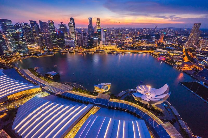 https: img-o.okeinfo.net content 2019 10 09 320 2114718 sederet-kelebihan-singapura-negara-paling-kompetitif-di-dunia-BBFDw3tLMl.jpg