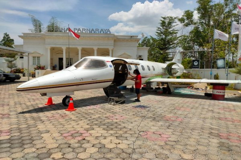 https: img-o.okeinfo.net content 2019 10 09 512 2114887 pesawat-jet-bekas-milik-jusuf-kalla-mendadak-ada-di-wonogiri-E7oYPvDpTr.jpg