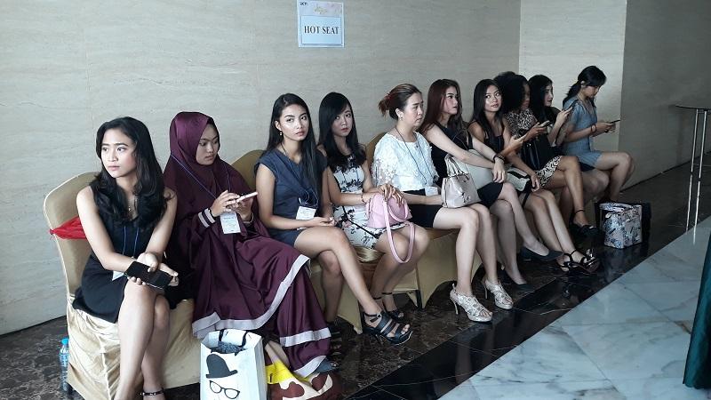 https: img-o.okeinfo.net content 2019 10 13 194 2116439 audisi-miss-indonesia-di-yogyakarta-diikuti-peserta-dari-berbagai-provinsi-PWzIT44iAD.jpg