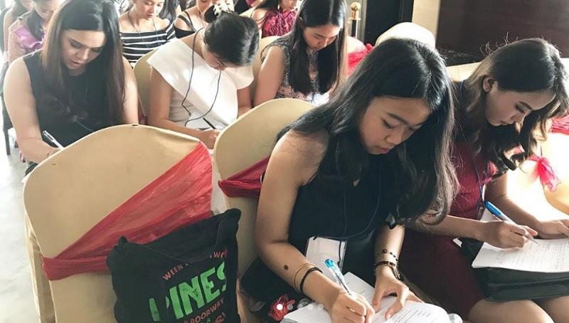 https: img-o.okeinfo.net content 2019 10 14 194 2116449 demi-ikut-audisi-miss-indonesia-2020-mahasiswi-dari-malang-kunjungi-yogyakarta-CtnXg9jLdc.jpg