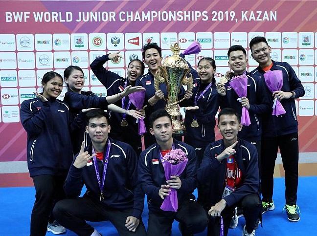 https: img-o.okeinfo.net content 2019 10 14 40 2116888 indonesia-bersinar-di-kejuaraan-dunia-bulu-tangkis-junior-2019-susy-anak-anak-cetak-sejarah-MKHUAweN1C.jpg