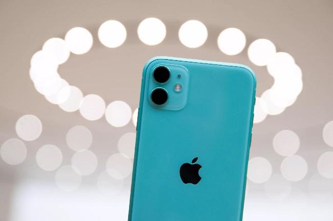 https: img-o.okeinfo.net content 2019 10 14 57 2116832 harga-iphone-11-di-indonesia-lebih-mahal-dibanding-singapura-AqvTuT2Jb1.jpg