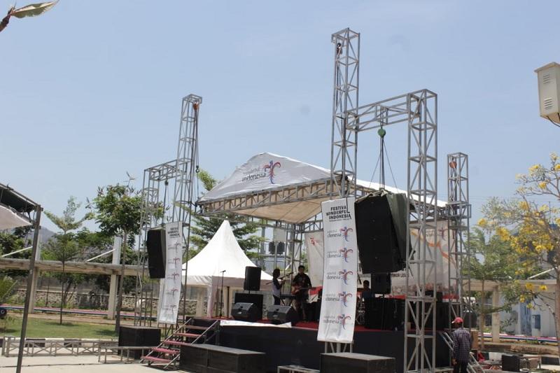 https: img-o.okeinfo.net content 2019 10 15 1 2117027 festival-wonderful-indonesia-di-atambua-lebih-keren-dengan-strategi-baru-eTSLJELCJw.jpg