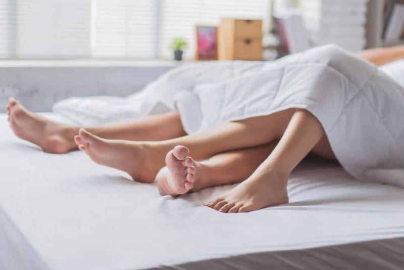 https: img-o.okeinfo.net content 2019 10 15 485 2117305 ladies-buang-5-pikiran-buruk-ini-sebelum-seks-malam-pertama-0mYh9cVIay.jpg