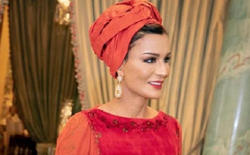 https: img-o.okeinfo.net content 2019 10 15 617 2117204 begini-pesona-sheikha-mozah-salah-satu-perempuan-terkuat-di-qatar-sYZpCLEyUm.jpg