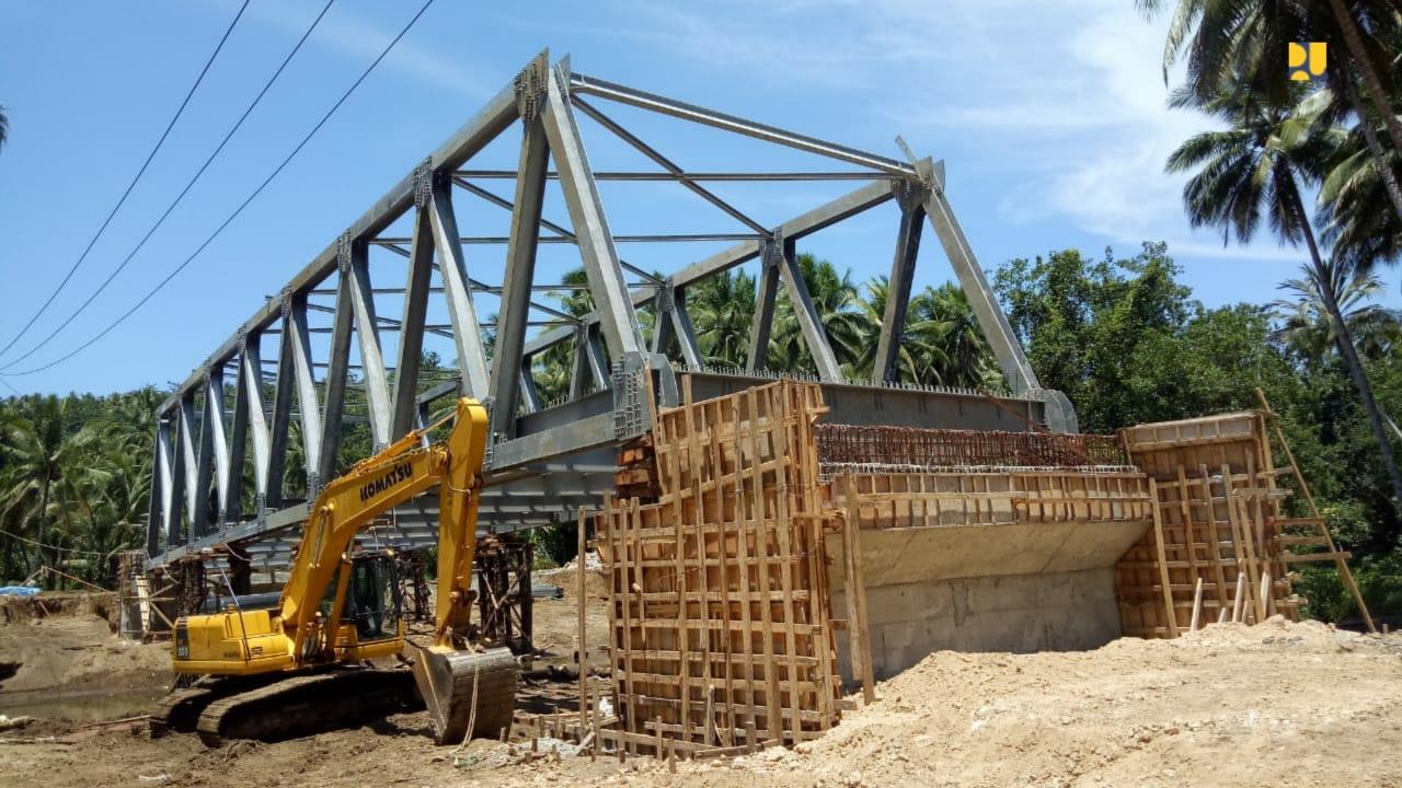 https: img-o.okeinfo.net content 2019 10 16 320 2117814 pembangunan-6-jembatan-dan-jalan-lingkar-morotai-dilanjutkan-OIvuaPrVW2.jpg