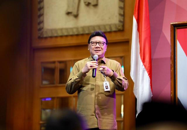 https: img-o.okeinfo.net content 2019 10 16 337 2117623 kala-mendagri-sebut-indonesia-negara-ormas-i0SzQEekTa.jpg