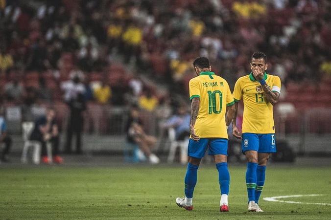 https: img-o.okeinfo.net content 2019 10 16 51 2117721 penyebab-man-united-tak-jadi-gaet-neymar-pada-musim-panas-2019-7IBeTgRpTG.jpg