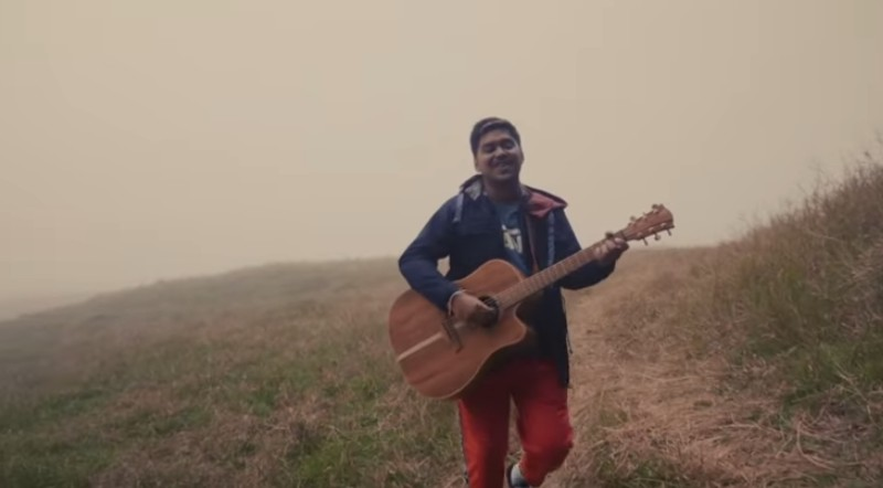 https: img-o.okeinfo.net content 2019 10 18 205 2118601 lirik-lagu-dan-chord-gitar-coming-home-ahmad-abdul-XHd7f1wri2.jpg