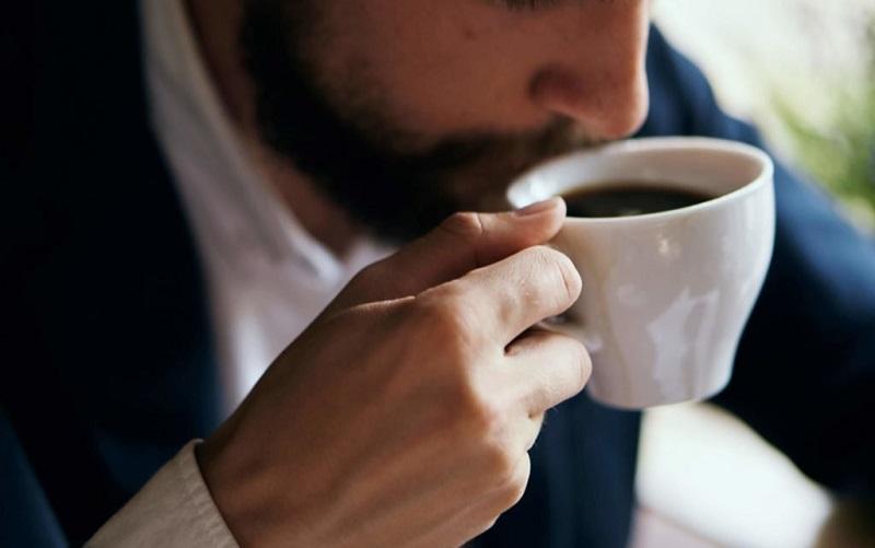 https: img-o.okeinfo.net content 2019 10 18 612 2118673 mengenal-latte-factor-kebiasaan-buruk-yang-bikin-milenial-selalu-merasa-kekurangan-uang-cIYYYiHyNF.jpg