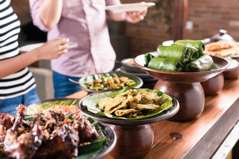 https: img-o.okeinfo.net content 2019 10 20 298 2119260 5-kuliner-tradisional-indonesia-ini-nyaris-punah-pernah-mencoba-KKmx401uYB.jpg