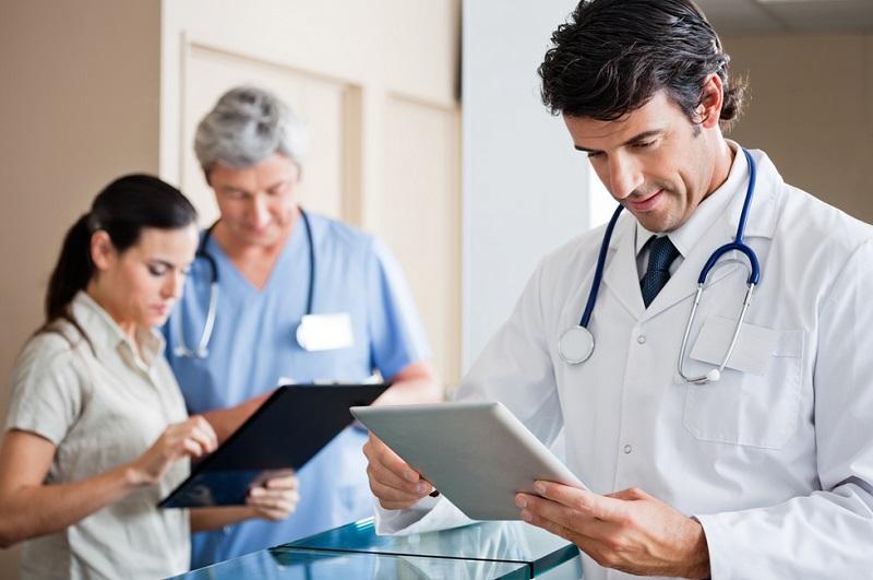 https: img-o.okeinfo.net content 2019 10 21 481 2119882 inovasi-dokter-untuk-sehatkan-masyarakat-di-era-4-0-cVAH66I7SF.jpg