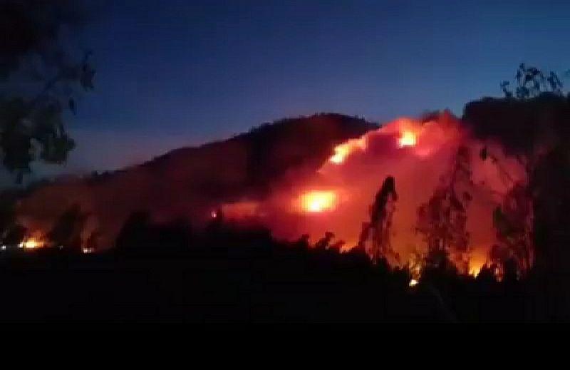 https: img-o.okeinfo.net content 2019 10 21 519 2119519 kebakaran-lahan-gunung-ranti-akses-ke-kawah-ijen-banyuwangi-ditutup-total-CMQX7dyAC8.jpg