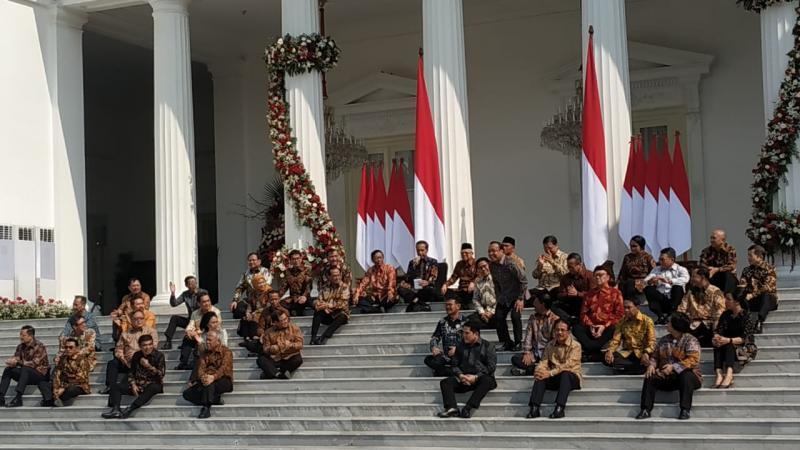 https: img-o.okeinfo.net content 2019 10 23 612 2120557 5-hal-unik-dari-pengumuman-menteri-kabinet-indonesia-maju-jokowi-GValiRGmIz.jpg