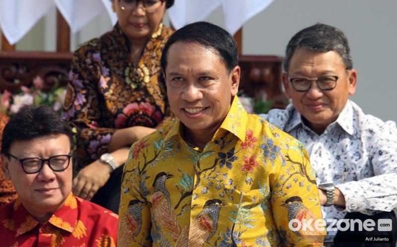 https: img-o.okeinfo.net content 2019 10 24 337 2121192 indonesia-resmi-tuan-rumah-piala-dunia-u-20-menpora-saya-lapor-ke-jokowi-vw2FeWyhyW.jpg