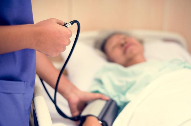 https: img-o.okeinfo.net content 2019 10 29 481 2122950 saat-gejala-muncul-pasien-stroke-harus-ditolong-sebelum-2-jam-x36mgdTNno.jpg