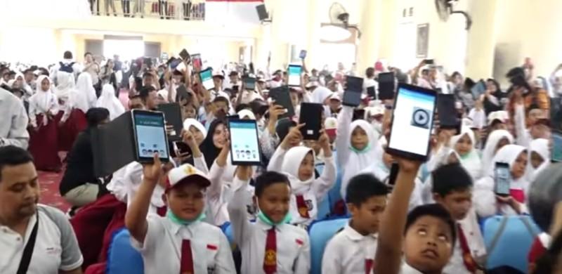 https: img-o.okeinfo.net content 2019 10 30 207 2123515 kunci-keberhasilan-digitalisasi-sekolah-5ZAUIy2gxR.jpg