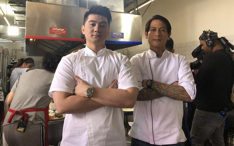 https: img-o.okeinfo.net content 2019 10 31 612 2124013 chef-arnold-posting-foto-chef-juna-senyum-netizen-kiyut-banget-Uk3AG0Nnns.jpg