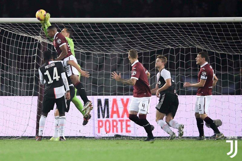 https: img-o.okeinfo.net content 2019 11 03 47 2125089 gol-perdana-de-ligt-bawa-juventus-menang-1-0-atas-torino-zYP0Woyiun.jpg