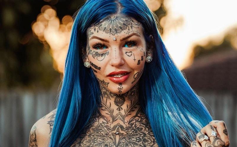 https: img-o.okeinfo.net content 2019 11 04 481 2125726 nekat-tato-bola-mata-wanita-ini-buta-tiga-minggu-PA1ZkdJ6GA.jpg