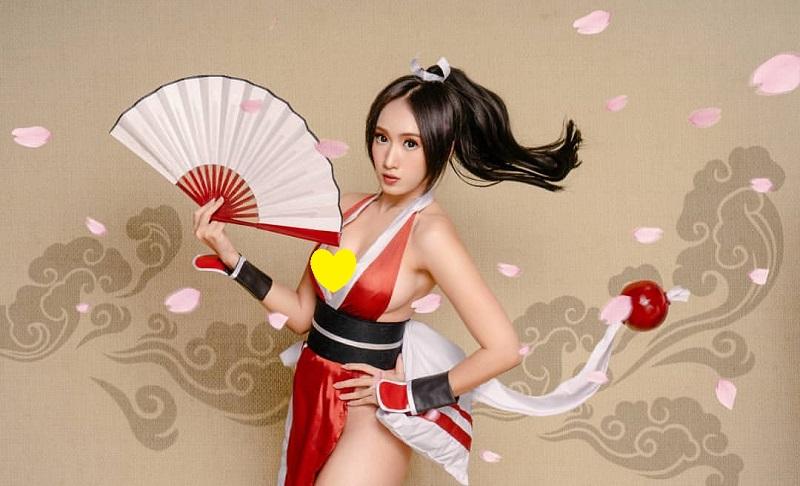 https: img-o.okeinfo.net content 2019 11 05 194 2125798 potret-seksi-lola-zieta-cosplayer-cantik-yang-akui-pernah-bercinta-dengan-perempuan-9wahLLxPm7.jpg