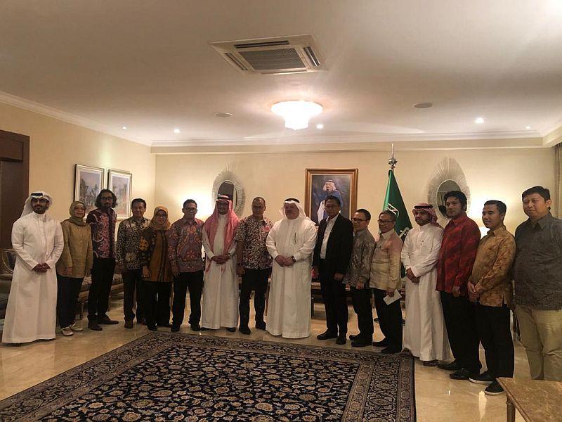 https: img-o.okeinfo.net content 2019 11 06 18 2126680 dubes-saudi-radikalisme-bukan-dari-arab-m8DXH3XHxQ.jpg