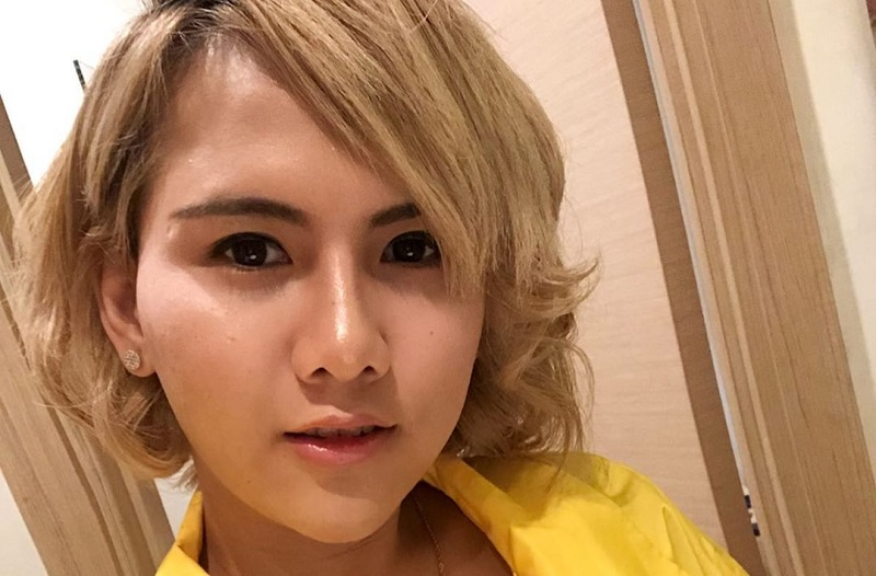 https: img-o.okeinfo.net content 2019 11 06 33 2126593 putus-dari-roy-kiyoshi-evelyn-pasang-kriteria-calon-pacar-M8vpxDcggk.jpg